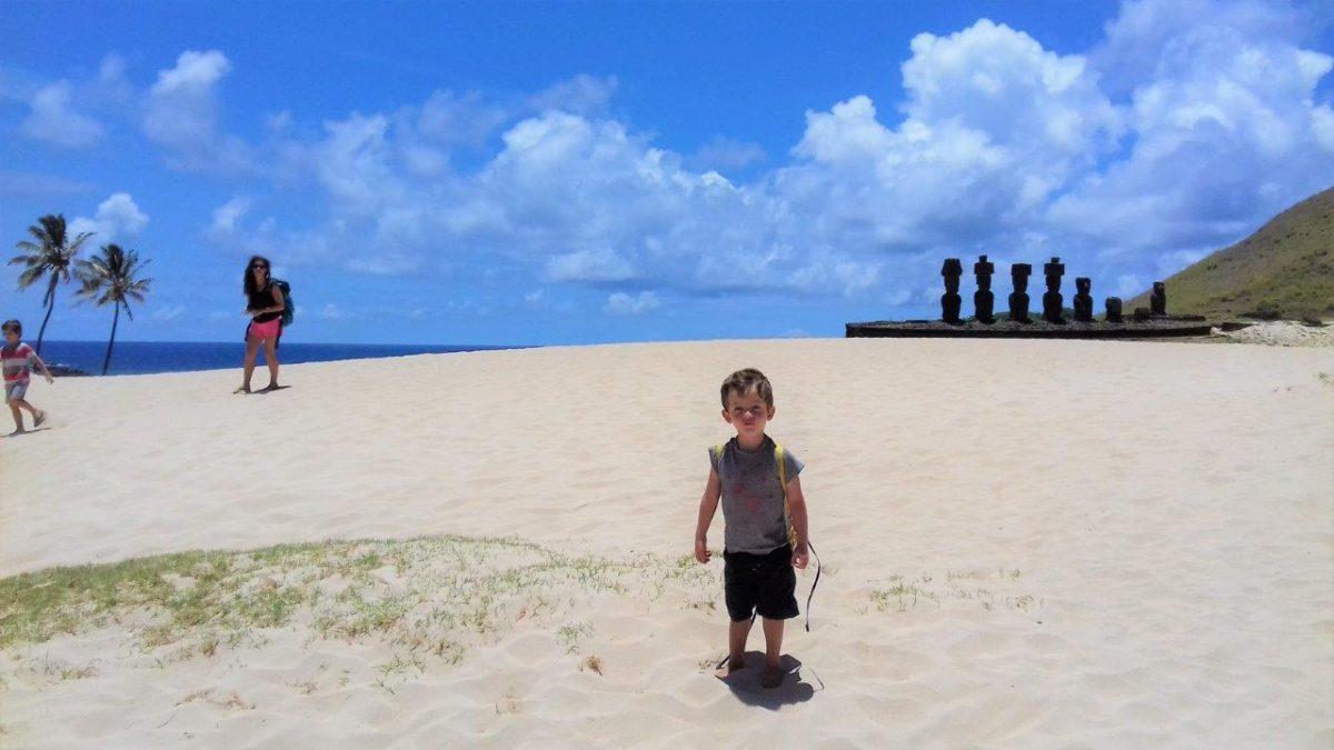 Île de Pâques (Rapa Nui) : Anakena… les Moaï vont à la plage
